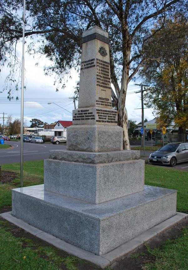 Beaconsfield-Cenotaph-2014-01